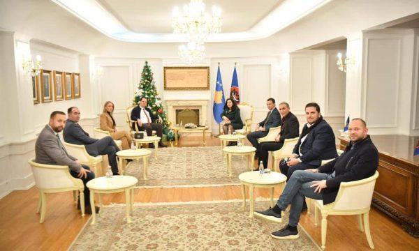66 - Vjosa Osmani ia merr LDK-së pesë asamblistë në Ferizaj